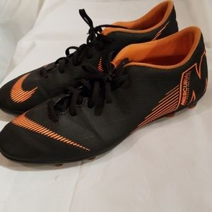 Nike Mercurial mens soccer shoes. Size 11